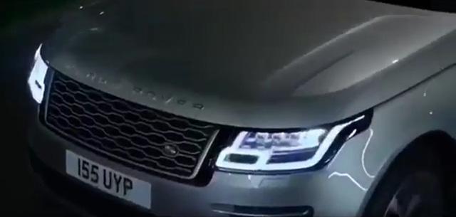 SUV hạng sang Range Rover 2018 lộ diện sớm với trang bị giống Velar - Ảnh 3.