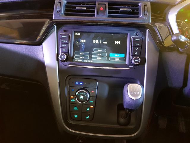 Mahindra KUV100 NXT - Crossover nhỏ gọn, giá rẻ hơn cả Honda SH300i - Ảnh 6.