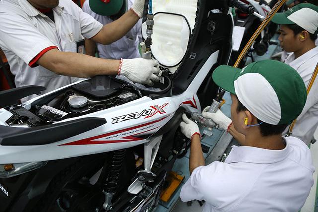 Cặp đôi xe số Honda Revo X và Revo Fit ra mắt với giá hơn 25 triệu Đồng - Ảnh 2.
