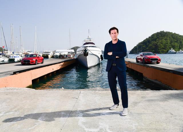 Tiếp bước Aston Martin, Infinity giới thiệu du thuyền của riêng mình - Ảnh 1.