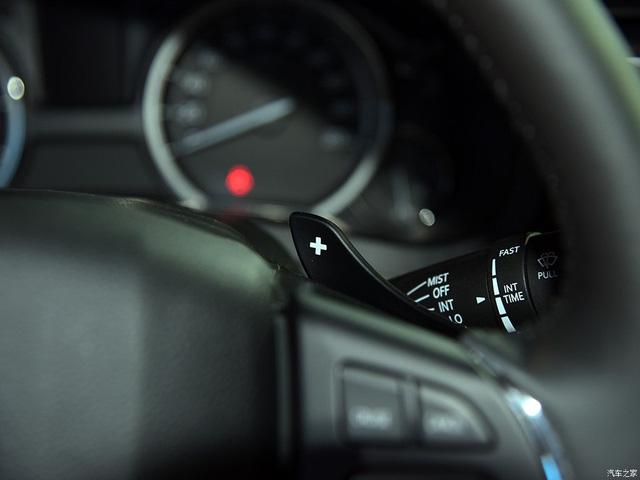 Sedan cỡ nhỏ Suzuki Ciaz 2017 được chốt giá, chỉ từ 324 triệu Đồng - Ảnh 4.