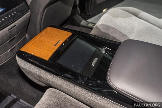Chiêm ngưỡng vẻ đẹp hoài cổ của limousine 4 cửa Toyota Century 2018 ngoài đời thực - Ảnh 12.