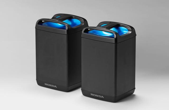 Bộ đôi Honda PCX Hybrid và PCX Electric được vén màn, sẽ bán vào năm sau - Ảnh 3.