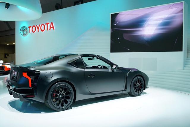 Ngắm Toyota GR HV Sports - phiên bản mui trần của xe từng ế nhất Việt Nam - bằng xương, bằng thịt - Ảnh 11.