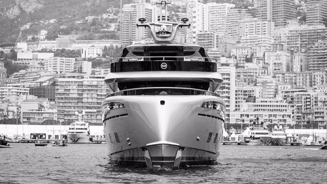 Choáng ngợp với vẻ đẹp của siêu du thuyền trị giá 334 tỷ Đồng của Porsche - Ảnh 16.