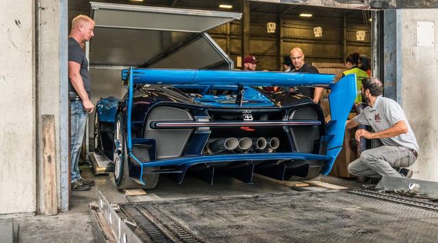 Hết duyên với Hoàng tử Ả-Rập, Bugatti Vision Gran Turismo về tay đại gia bí ẩn - Ảnh 3.