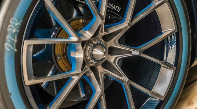 Hết duyên với Hoàng tử Ả-Rập, Bugatti Vision Gran Turismo về tay đại gia bí ẩn - Ảnh 13.