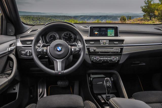 BMW mời gọi khách đặt mua SUV hạng sang X2 mới tại Đông Nam Á - Ảnh 4.