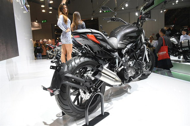Benelli 402S - Xe cruiser ma��i va��i kia�?u dA?ng na nA? Ducati XDiavel - a??nh 6.