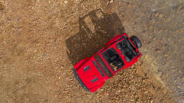 Lộ nội thất của xe việt dã Jeep Wrangler 2018 - Ảnh 4.