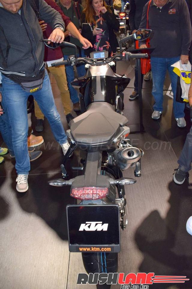 KTM 790 Duke - Naked bike ta?�m trung hoA�n toA�n ma��i - a??nh 9.