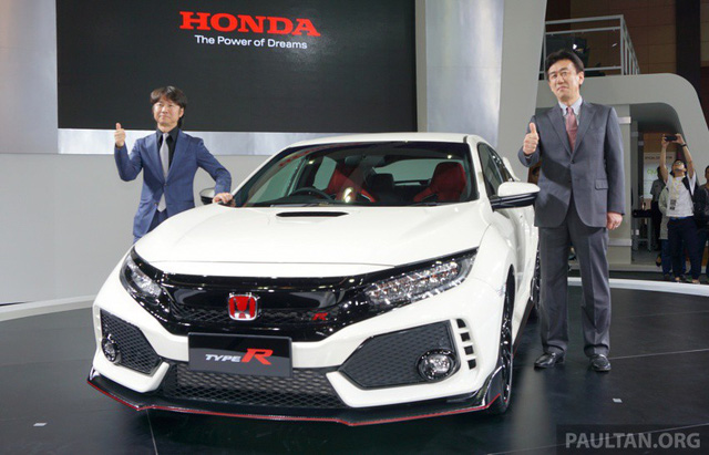 Honda Civic Type R 2017 vừa ra mắt Malaysia đã vượt doanh số mong đợi - Ảnh 1.