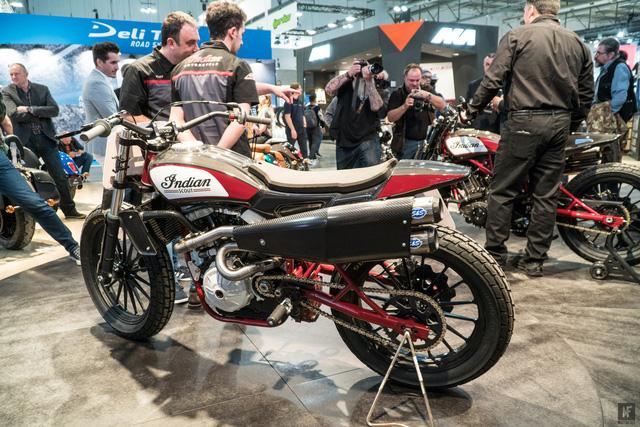 Đây có thể là chiếc mô tô ấn tượng nhất tại triển lãm EICMA 2017 - Ảnh 2.