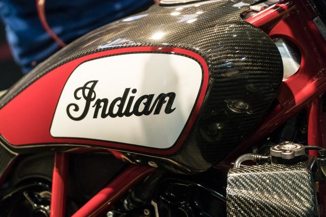 Đây có thể là chiếc mô tô ấn tượng nhất tại triển lãm EICMA 2017 - Ảnh 10.
