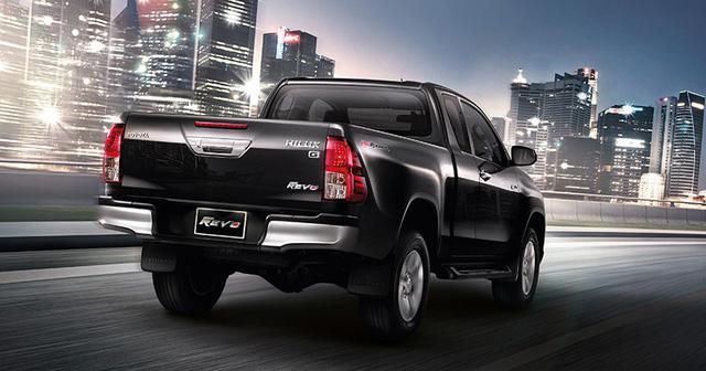 Toyota Hilux 2018 ra mắt với thiết kế tương tự Tacoma, khác xe ở Việt Nam - Ảnh 3.