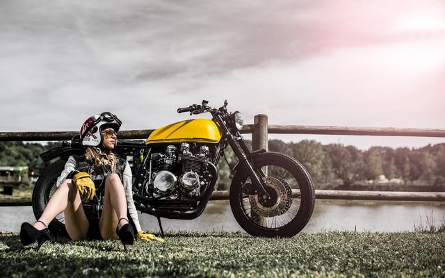 Xế độ Kawasaki Z650 nhẹ nhàng bên cô nàng xinh đẹp - Ảnh 2.