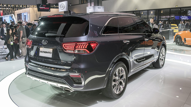Kia Sorento 2019 chính thức ra mắt, bỏ động cơ tăng áp - Ảnh 8.