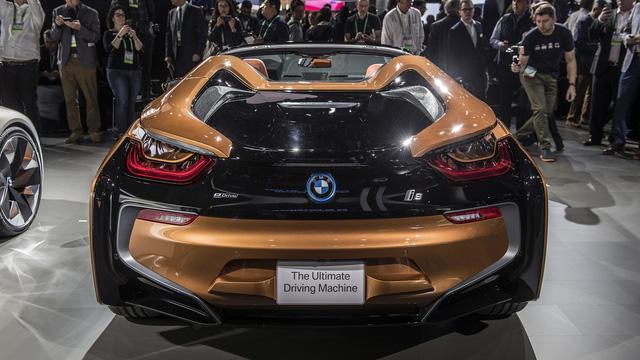 BMW i8 Roadster chính thức trình làng, bổ sung thêm sức mạnh - Ảnh 7.