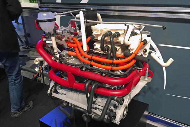 Mercedes-Benz Sprinter 2018 - xe van hiện đại nhất thế giới - Ảnh 1.