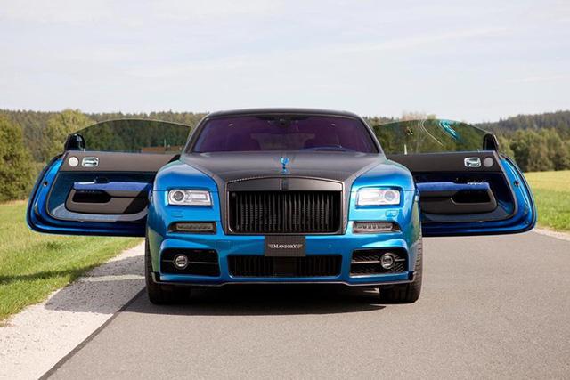 Rolls-Royce Wraith độ Mansory khoe dáng trên phố - Ảnh 9.