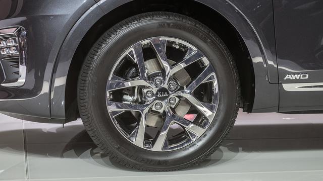 Kia Sorento 2019 chính thức ra mắt, bỏ động cơ tăng áp - Ảnh 7.