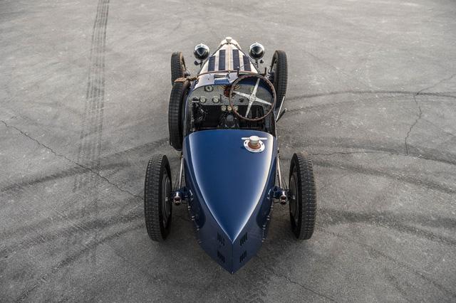 Gặp gỡ bản sao giá hơn 5 tỉ của siêu phẩm Bugatti Type 35 - Ảnh 4.