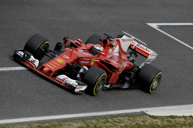 Đội đua F1 với tên gọi Scuderia Ferrari lại bắt đầu hoạt động từ năm 1929 dưới sự sáng lập cũng của ông Enzo Ferrari