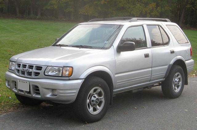 Những mẫu xe Nhật có tên gọi kì cục nhất - Ảnh 4.