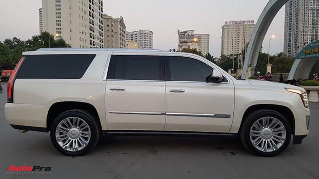 """""""Khủng long Mỹ"""" Cadillac Escalade ESV cũ rao bán giá giá 5,8 tỷ đồng tại Hà Nội - Ảnh 5."""