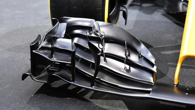 Renault ra mắt xe đua F1 mới cho mùa giải 2017 - Ảnh 8.