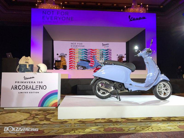 Vespa Primavera 150 có phiên bản đặc biệt mới - Ảnh 11.