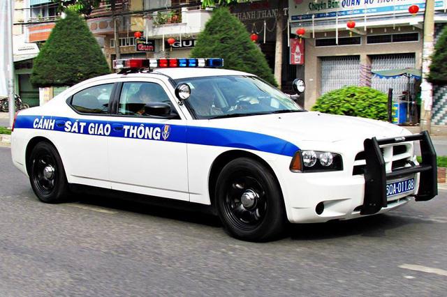 Xe cảnh sát Dodge Charger phục vụ APEC tại Đà Nẵng - Ảnh 3.