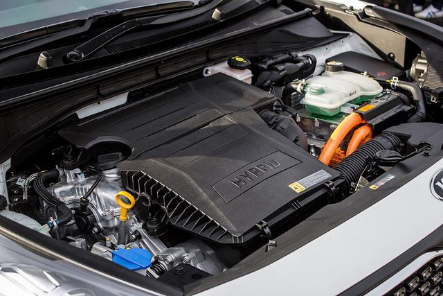 Xe crossover siêu tiết kiệm xăng Kia Niro ra mắt Đông Nam Á - Ảnh 2.