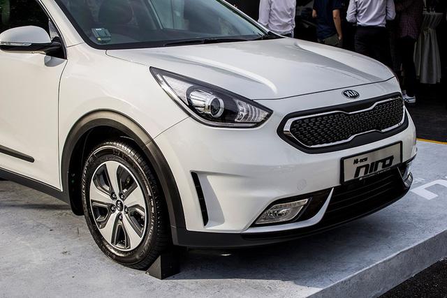 Xe crossover siêu tiết kiệm xăng Kia Niro ra mắt Đông Nam Á - Ảnh 6.
