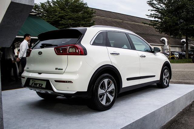 Xe crossover siêu tiết kiệm xăng Kia Niro ra mắt Đông Nam Á - Ảnh 4.