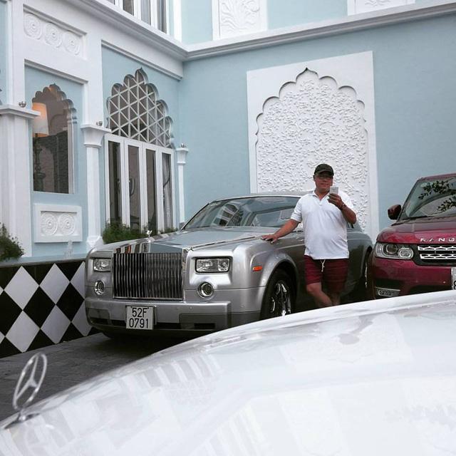 Khải Silk tậu xe siêu sang Mercedes-Maybach S400 4Matic giá 6,9 tỷ Đồng - Ảnh 4.