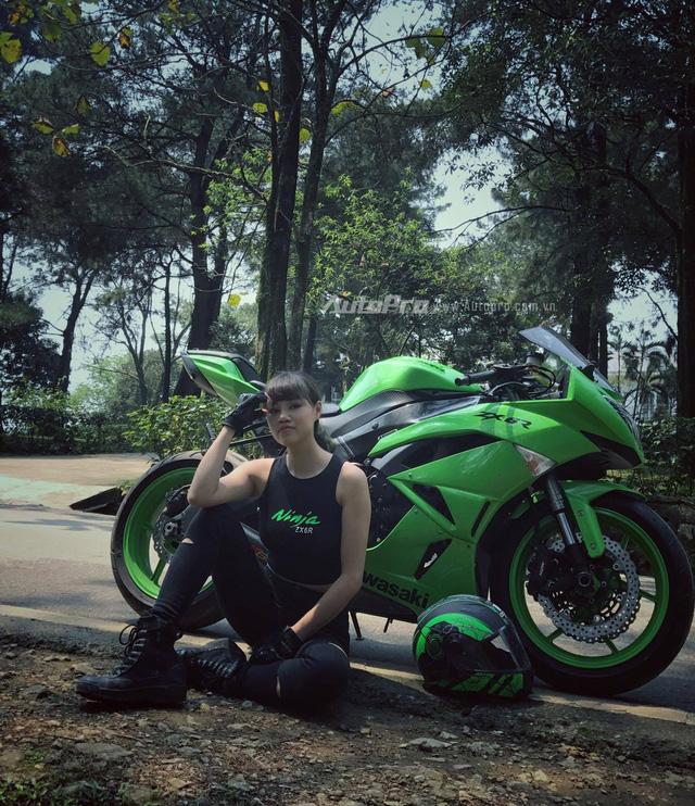 Gặp gỡ bộ ba nữ biker xinh đẹp đất Hà Thành - Ảnh 3.