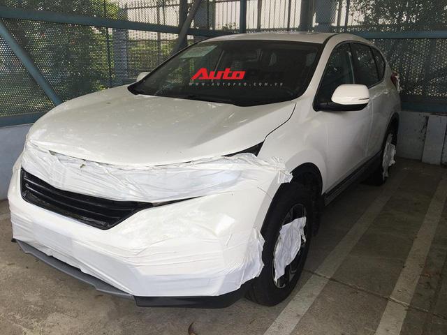 Honda CR-V 7 chỗ bất ngờ xuất hiện trên đường phố Hà Nội - Ảnh 1.