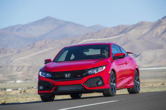 Honda Civic 2018 chính thức chốt giá bán