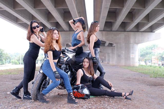 Gặp gỡ 5 nữ biker cá tính của Hà Thành - Ảnh 1.