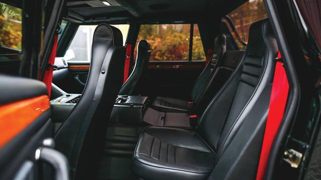 Lamborghini LM002 đã qua sử dụng có giá đắt hơn hai chiếc Lamborghini Urus đập hộp - Ảnh 10.