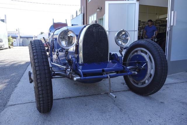 Gặp gỡ bản sao giá hơn 5 tỉ của siêu phẩm Bugatti Type 35 - Ảnh 6.