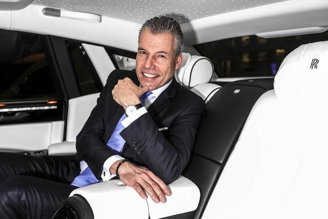 Khách mua Rolls-Royce đang được trẻ hoá - Ảnh 1.