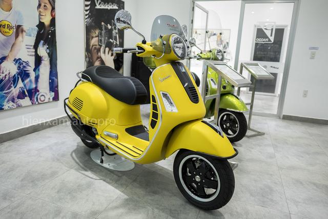 Vespa GTS trình làng khách Việt với 3 phiên bản 125cc, 150cc và 300cc - Ảnh 1.
