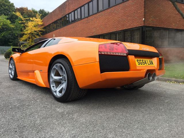 Chiếc Lamborghini Murcielago chạy nhiều nhất thế giới đã ngốn gần 11 tỷ Đồng trong 13 năm - Ảnh 1.