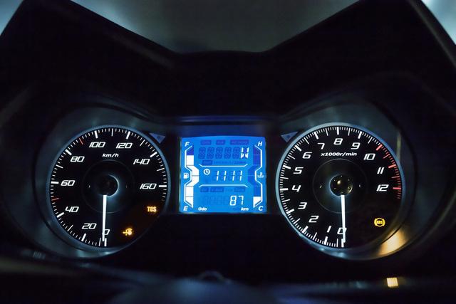 Xe tay ga Yamaha X-Max 125 đời mới được trang bị an toàn hơn - Ảnh 3.
