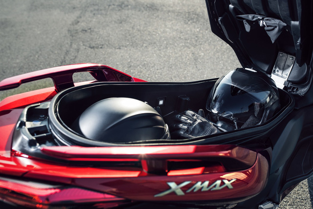 Xe tay ga Yamaha X-Max 125 đời mới được trang bị an toàn hơn - Ảnh 4.