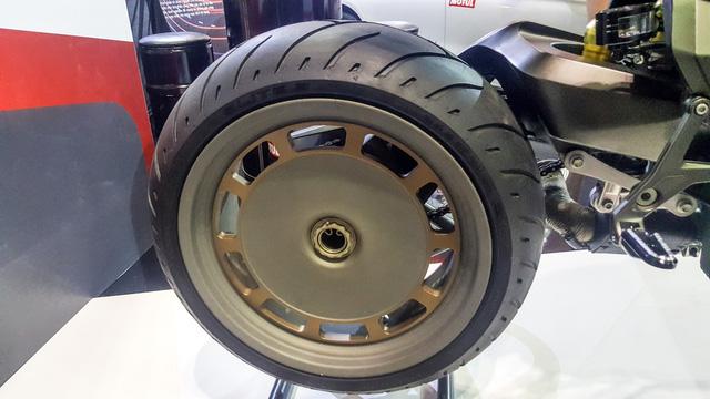 Siêu mô tô độ hàng thửa Motul Onirika 2853 lần đầu xuất hiện tại Việt Nam - Ảnh 13.