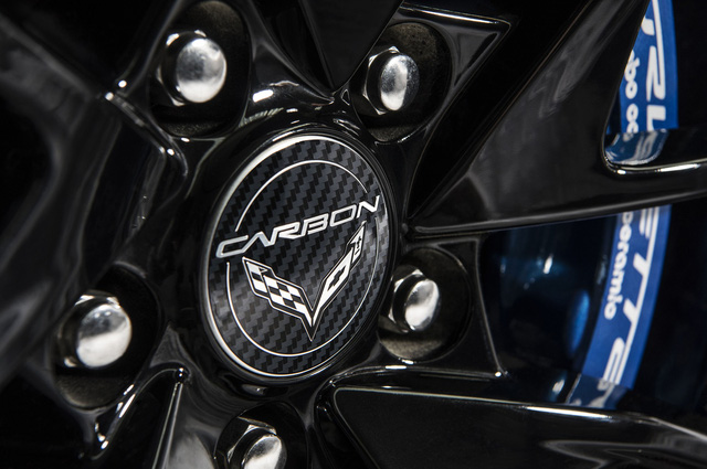 Chevrolet Corvette kỷ niệm 65 năm ra đời bằng gói nâng cấp đặc biệt - Ảnh 5.