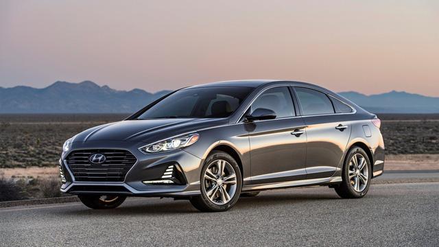 Sedan cỡ trung Hyundai Sonata 2018 được chốt giá